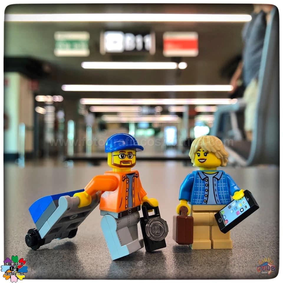 02-07-2019 Giulio De Bortoli 69 Ed ecco qui MiniG e MiniM in attesa del loro volo per l'Islanda 🛩🇮🇸😉 — in viaggio verso Reykjavík da Aereoporto Roma-Fiumicino.