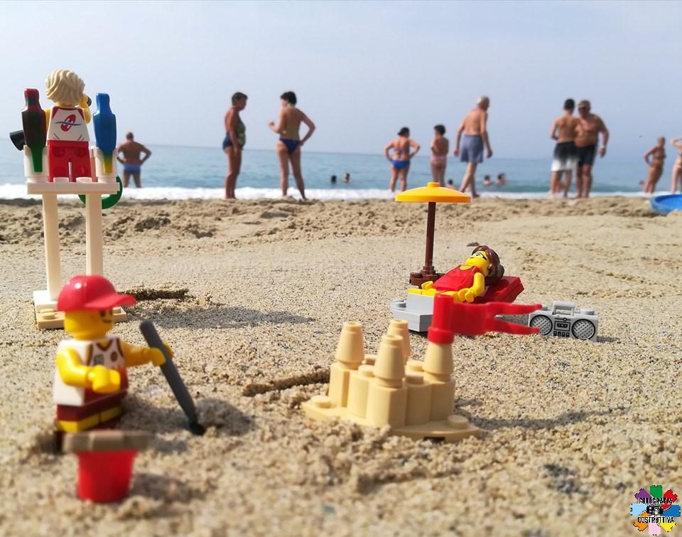 08-07-2019 Ale Milani 59 In spiaggia. — a Borgio Verezzi.