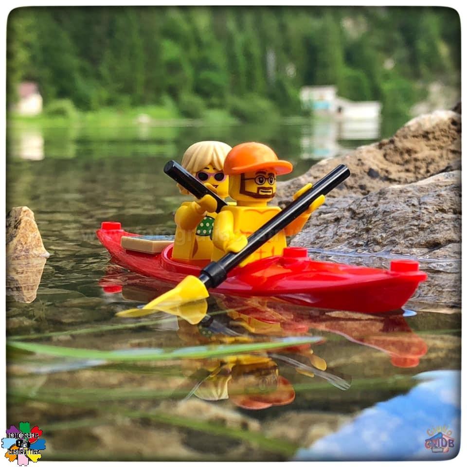 25-06-2019 Giulio De Bortoli 60 Mentre facevo le foto con il drone, MiniG e MiniM si sono divertiti a fare un giro del lago del Predil con la loro canoa 🛶  — presso Lago del Predil.