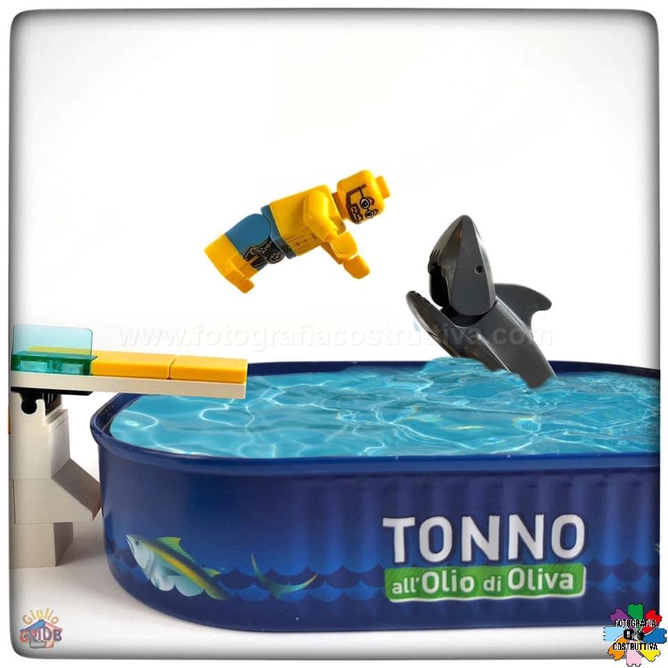 29-06-2019 Giulio De Bortoli 61 Per MiniG d'estate non c'è niente di meglio che iniziare la giornata con un bel tuffo in piscina… o forse no 😱🦈
