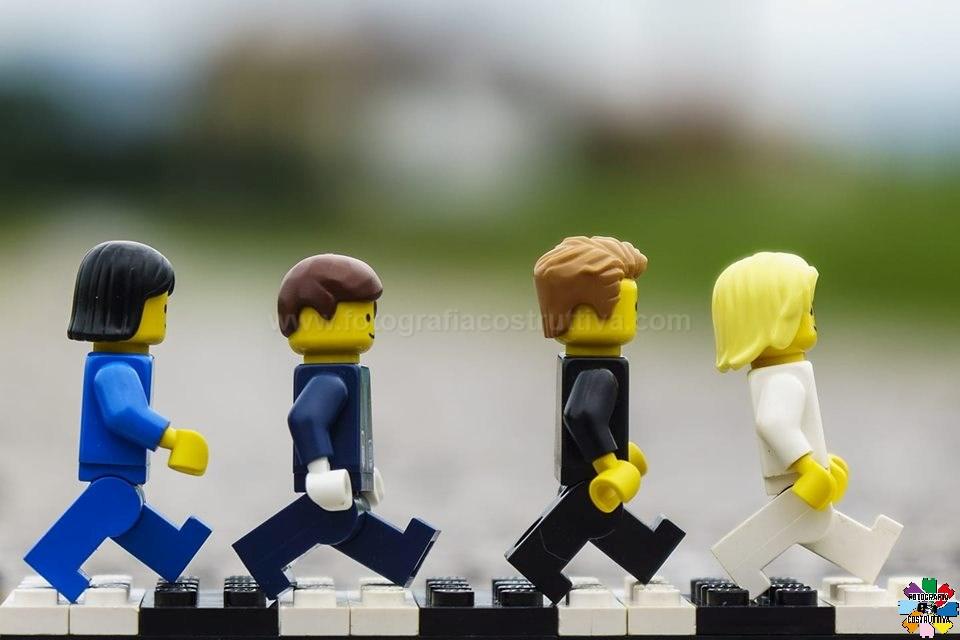 08-08-2019 Denis Brignone 103 Esattamente 50 anni fa veniva scattata la famosa foto dei Beatles in Abbey Road...Ecco la mia versione