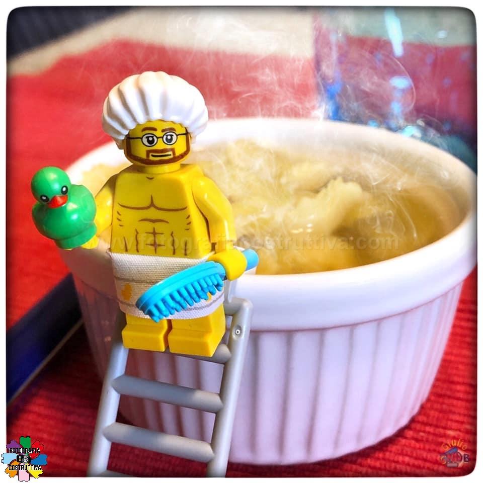 12-09-2019 Giulio De Bortoli 62 Hey MiniG, non è che ti sarai appena fatto il bagno nei miei tortellini in brodo, eh!!!! 😠😠😠
