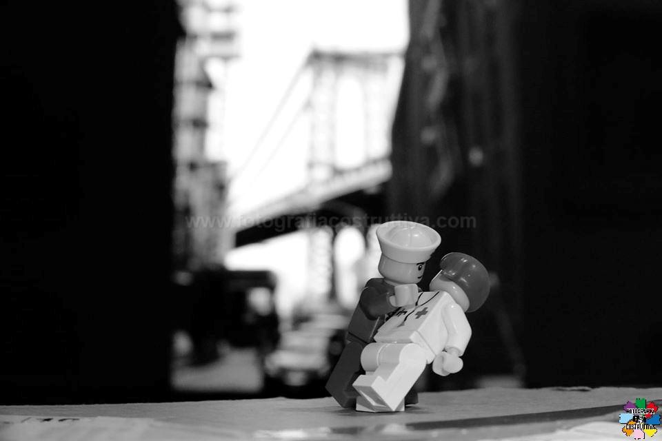 27-10-2019 Marco Bazzo 90 La fine della seconda guerra mondiale venne festeggiata in USA con questo famoso bacio di un marinaio con una infermiera