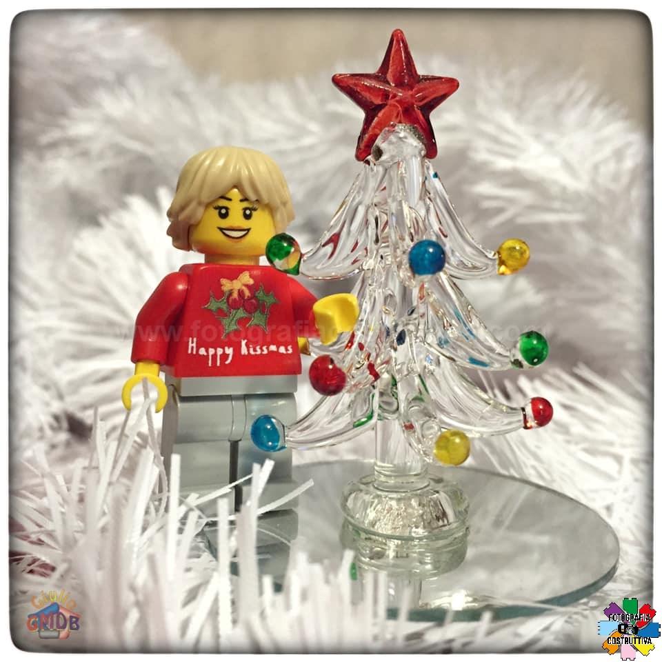 11-12-2019 Giulio De Bortoli 59 MiniM ha preparato l'albero di Natale 🎄 per MiniG ❤️ — presso Casa GMDB.
