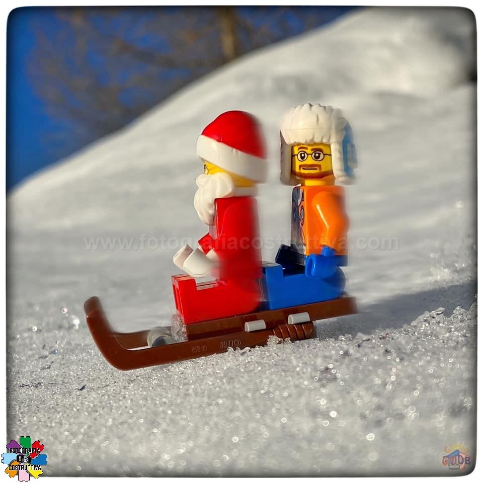 23-12-2019 Giulio De Bortoli 50 MiniG ha fatto un giretto sulla slitta di Babbo Natale 🛷 Però se la immaginava più grande 🤨