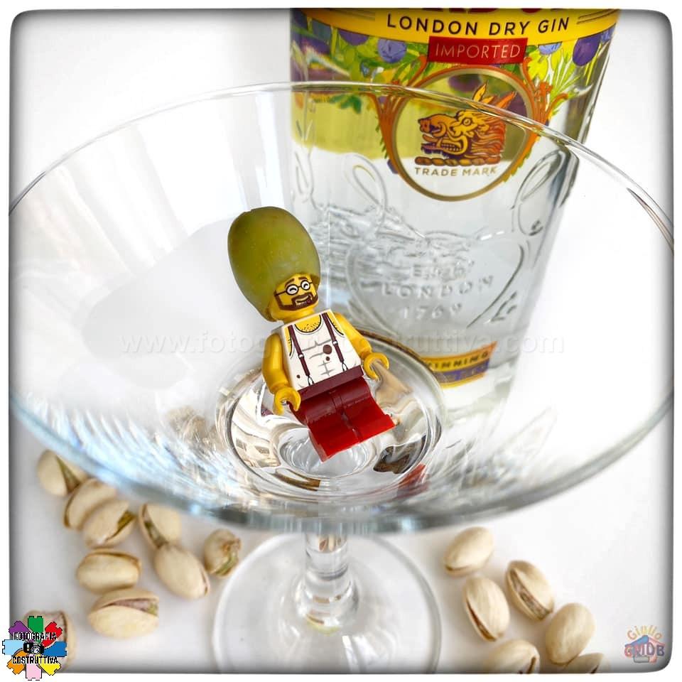 15-03-2020 Giulio De Bortoli 54 Mi pare che MiniG abbia apprezzato il mio Martini... 🍸🥴